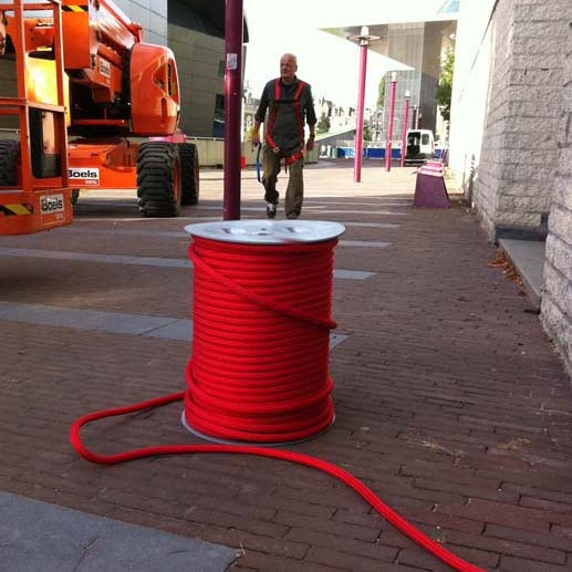 Van Gogh Mile - high-tech fibre red rope